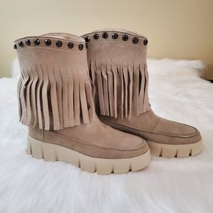 Geox Sz 37 Ghoula Fringe Suede Studded Boots